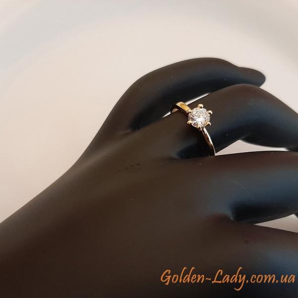 """Кольцо с фианитом """"Классика"""" в желтом золоте"""