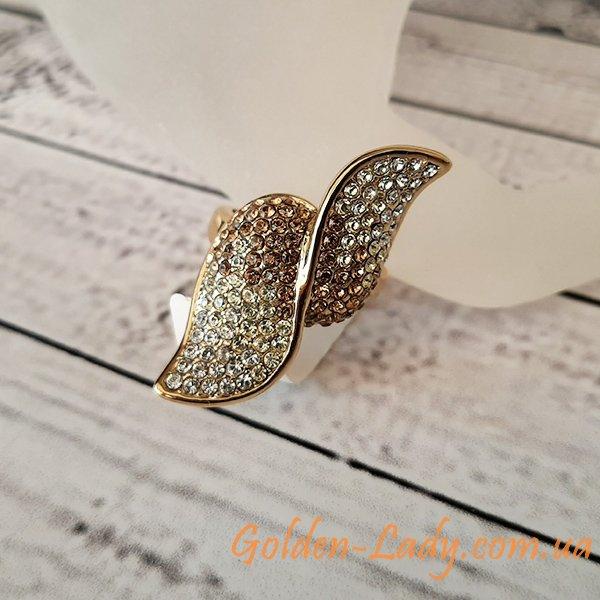 кольцо из лепестков