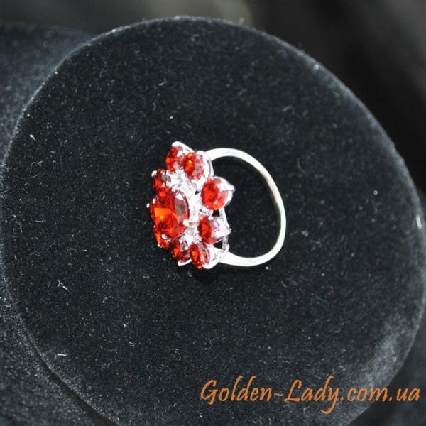 кольцо белое золото с красными камнями