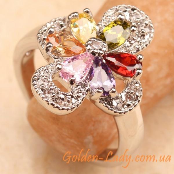 Кольцо из белого золота с аметистами в форме цветка
