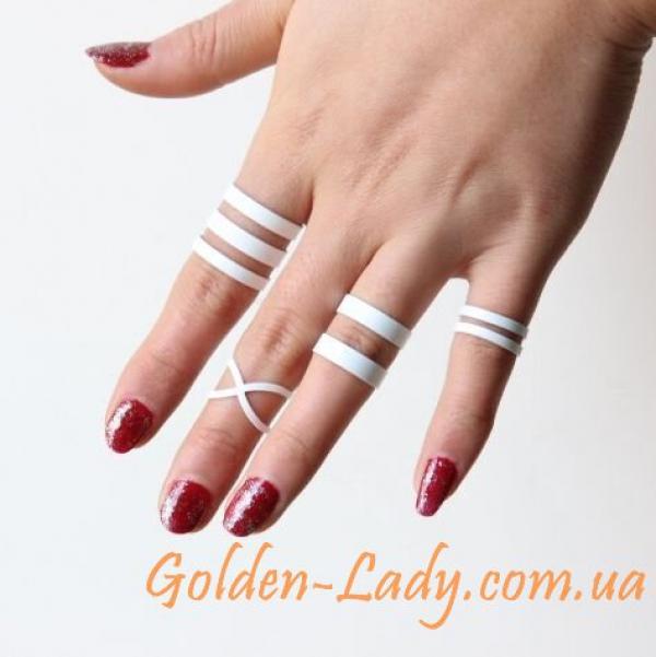 Белые кольца на фаланги