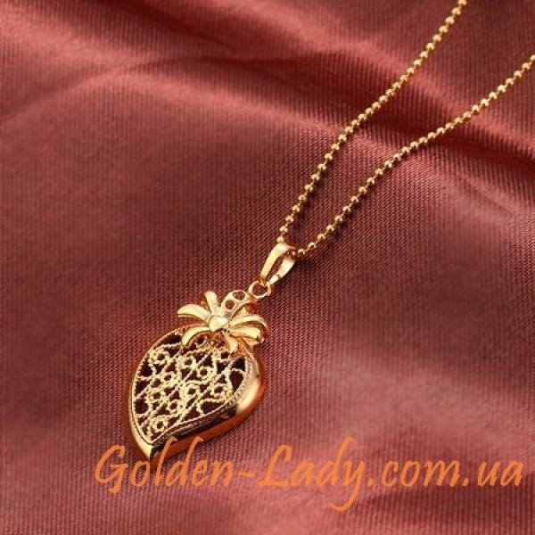 Золотой кулон в форме сердца