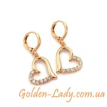 Золотые серьги в форме сердца