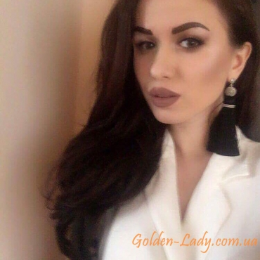 Чёрные серьги кисти Golden Lady