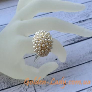 кольцо с множеством жемчужин