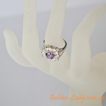Женское золотое кольцо с сапфиром, белое золото 750 в Украине