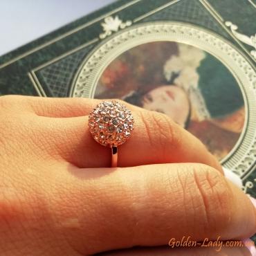 Кольцо с шариком из камней