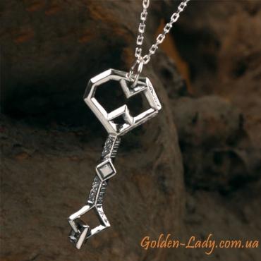 Ключ с серебряной цепочкой