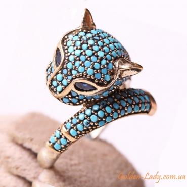 Серебряное кольцо в форме кошки с бирюзой
